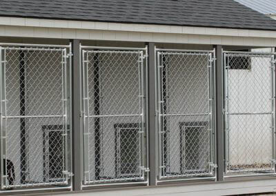 chain-link-dog-shed-panels